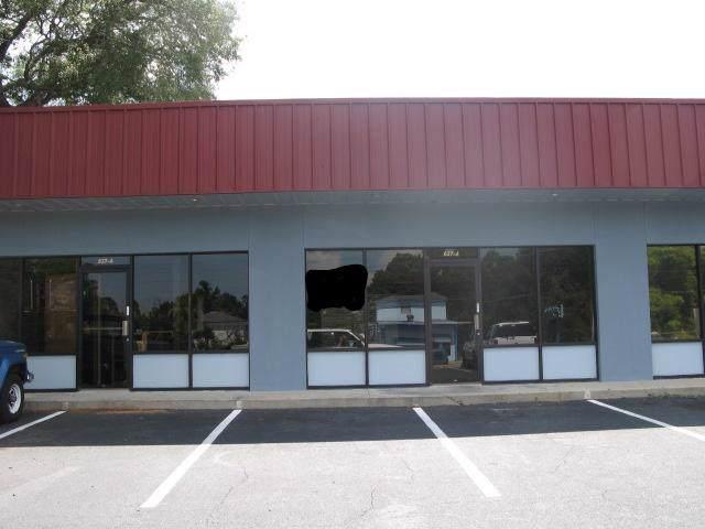 637 NW Beal Parkway, Fort Walton Beach, FL 32548 (MLS #832267) :: ResortQuest Real Estate