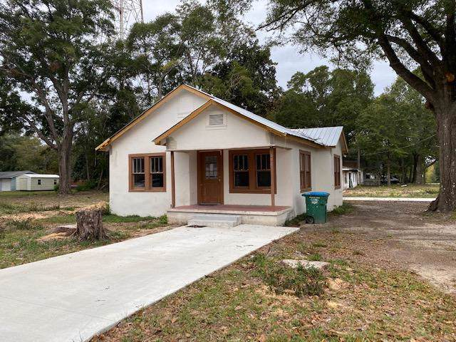 302 W Oakdale Avenue, Crestview, FL 32536 (MLS #835374) :: The Beach Group