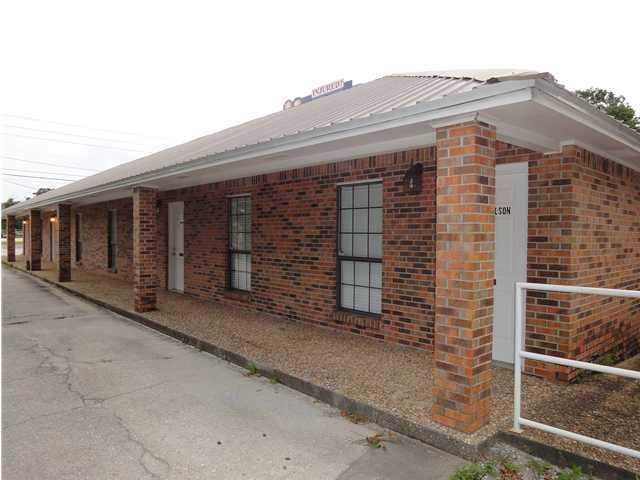 322 NW Racetrack Road, Fort Walton Beach, FL 32547 (MLS #836549) :: 30A Escapes Realty