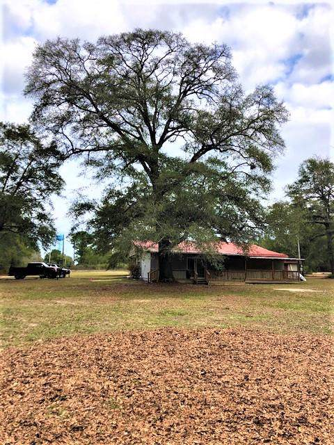 324 Goodwin Road, Defuniak Springs, FL 32435 (MLS #837710) :: ResortQuest Real Estate