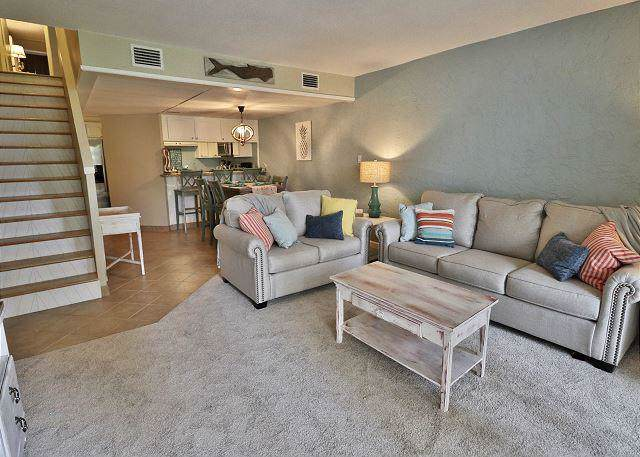 8727 Thomas Drive Unit A3, Panama City Beach, FL 32408 (MLS #837809) :: Hilary & Reverie