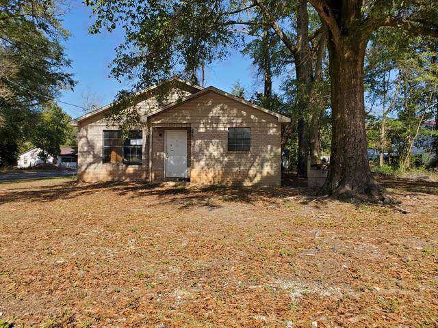 798 Walnut Avenue, Crestview, FL 32536 (MLS #839497) :: Classic Luxury Real Estate, LLC