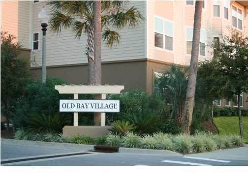 251 Mattie M Kelly Boulevard Unit 303, Destin, FL 32541 (MLS #840511) :: Luxury Properties on 30A