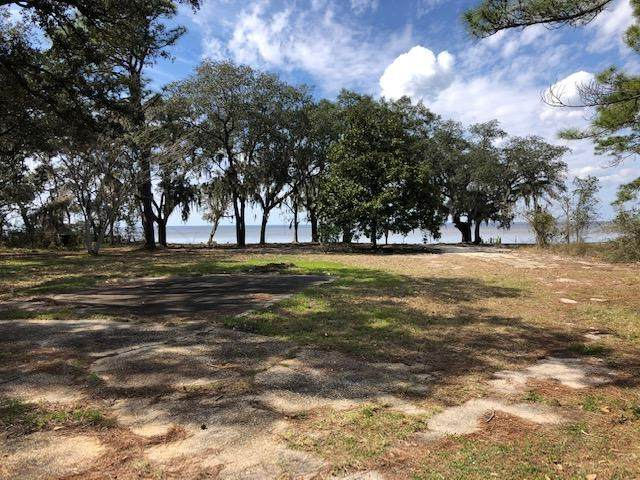 6248 East Bay Blvd., Gulf Breeze, FL 32563 (MLS #841736) :: RE/MAX By The Sea