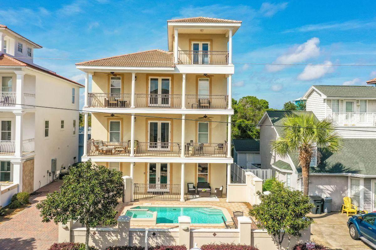 116 Sarasota Street - Photo 1