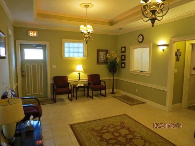 492 N Wilson Street, Crestview, FL 32536 (MLS #854770) :: Linda Miller Real Estate