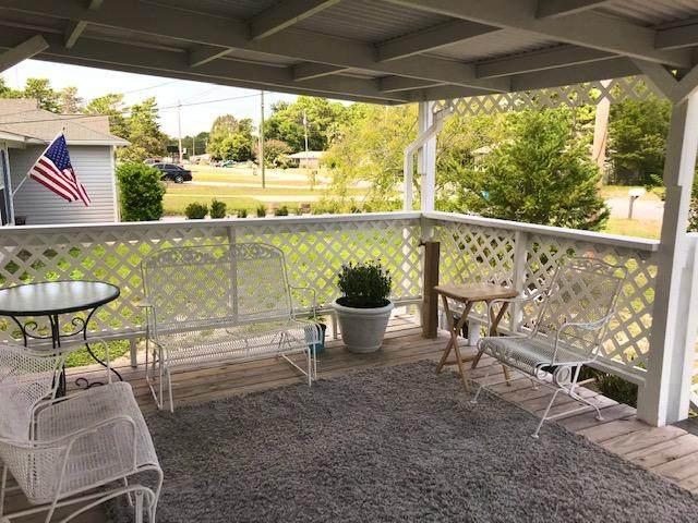 1941 Ambassador Drive, Gulf Breeze, FL 32563 (MLS #855262) :: Vacasa Real Estate