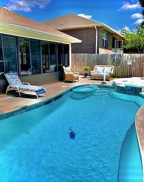 401 Serene Court, Crestview, FL 32539 (MLS #856485) :: Luxury Properties on 30A