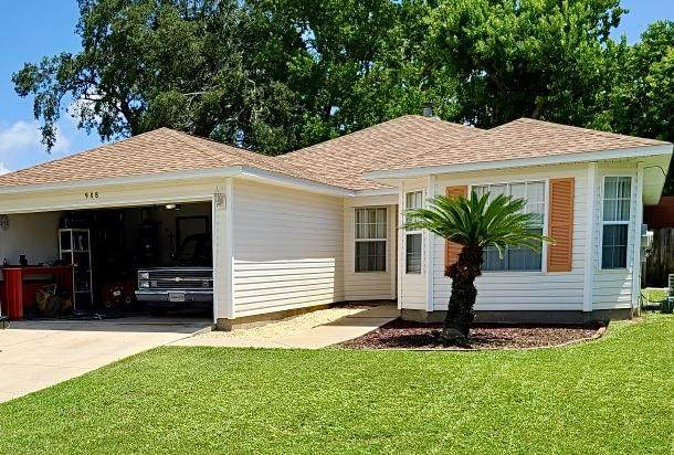 988 John Wayne Circle, Fort Walton Beach, FL 32547 (MLS #859941) :: 30A Escapes Realty