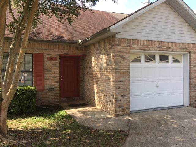 801 Valley Road, Crestview, FL 32539 (MLS #865192) :: Briar Patch Realty