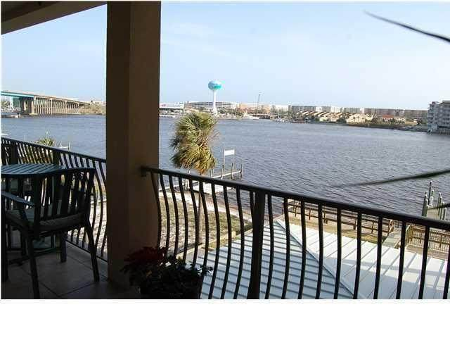 187 SE Brooks Street Unit B301, Fort Walton Beach, FL 32548 (MLS #866304) :: Luxury Properties on 30A