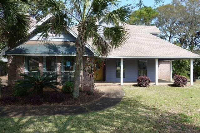 107 Hands Cove Lane, Shalimar, FL 32579 (MLS #868891) :: Scenic Sotheby's International Realty