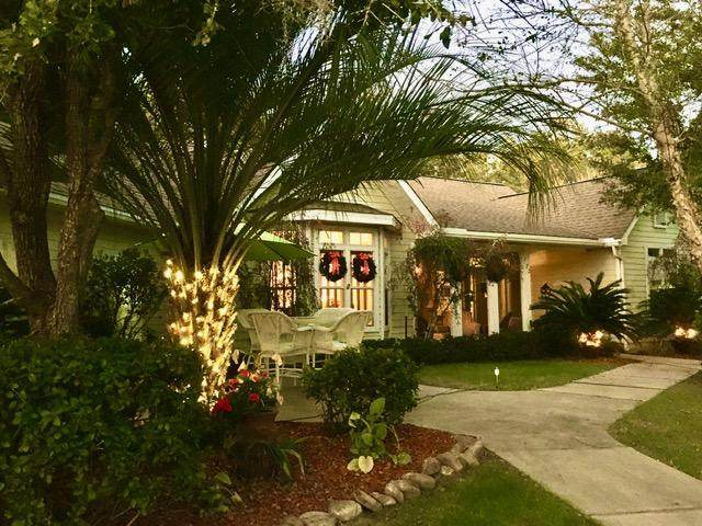 172 Shady Lane, Freeport, FL 32439 (MLS #869153) :: The Chris Carter Team