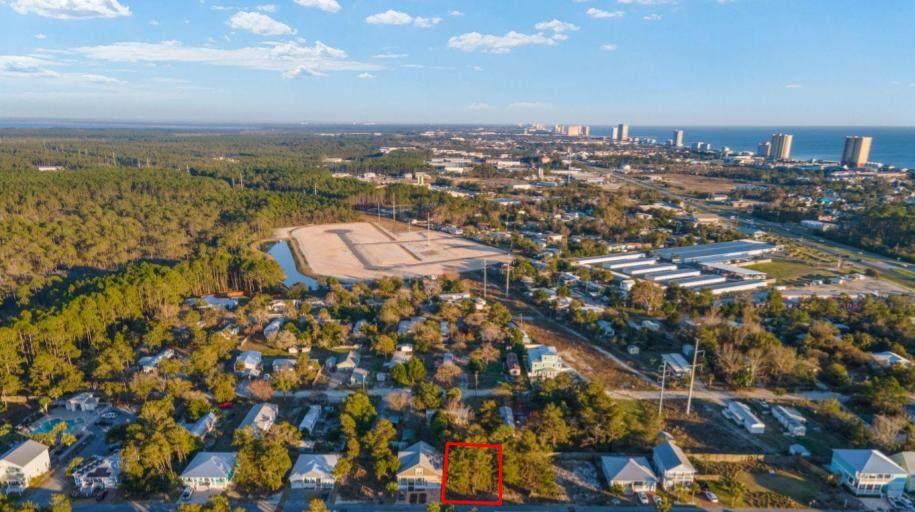 471 Paradise Boulevard - Photo 1