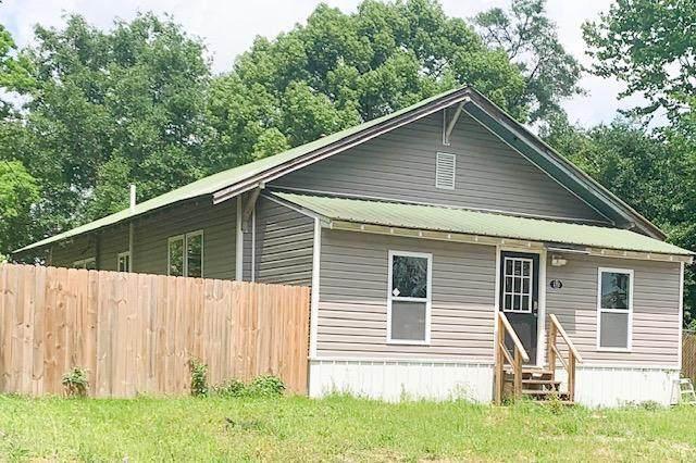 172 W Orange Avenue, Defuniak Springs, FL 32435 (MLS #870909) :: Classic Luxury Real Estate, LLC