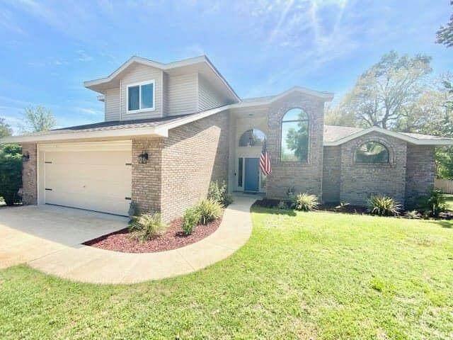 246 Hillside Drive, Niceville, FL 32578 (MLS #871268) :: The Honest Group