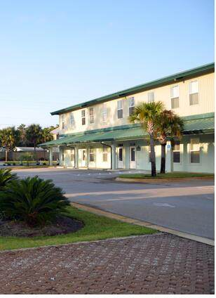 136 S Holiday Road Unit 7, Miramar Beach, FL 32550 (MLS #872226) :: Scenic Sotheby's International Realty