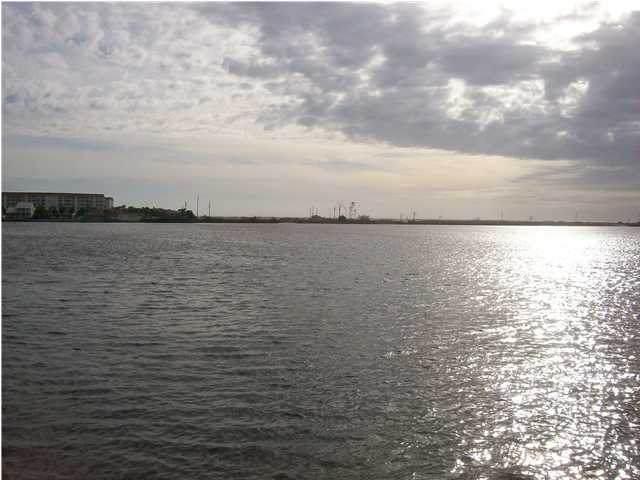308 Miracle Strip Parkway 26B, Fort Walton Beach, FL 32548 (MLS #875053) :: Luxury Properties on 30A