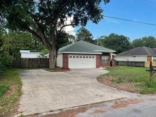 1755 Hopper Street, Niceville, FL 32578 (MLS #877743) :: Better Homes & Gardens Real Estate Emerald Coast