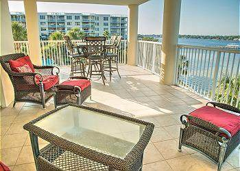 1328 SE Miracle Strip Parkway Unit 403, Fort Walton Beach, FL 32548 (MLS #883992) :: Back Stage Realty
