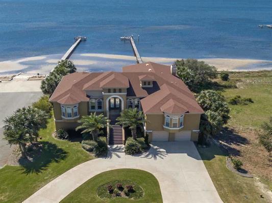 1612 Smugglers Cove Circle, Gulf Breeze, FL 32563 (MLS #770834) :: ResortQuest Real Estate
