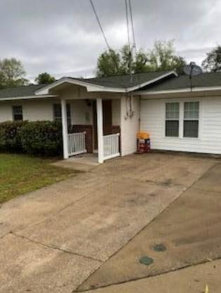 400 Davenport Avenue, Valparaiso, FL 32580 (MLS #820602) :: Classic Luxury Real Estate, LLC