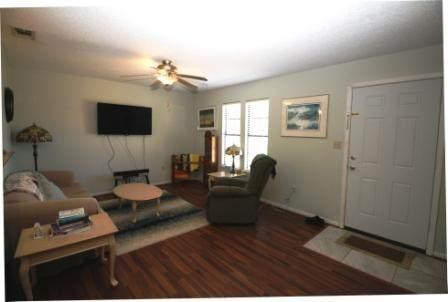 2597 Avenida De Sol, Navarre, FL 32566 (MLS #843774) :: Back Stage Realty