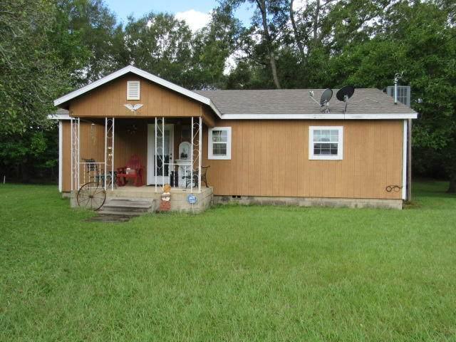 8290 Beaver Creek Road, Baker, FL 32531 (MLS #854199) :: The Ryan Group