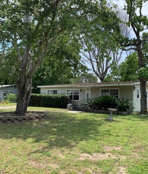 680 Blackstone Road, Mary Esther, FL 32569 (MLS #871699) :: Scenic Sotheby's International Realty