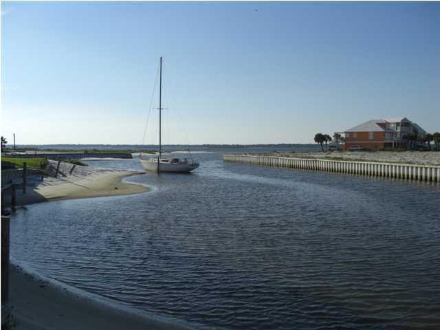Lot 21 Spinnaker Court, Navarre, FL 32566 (MLS #539923) :: Keller Williams Realty Emerald Coast