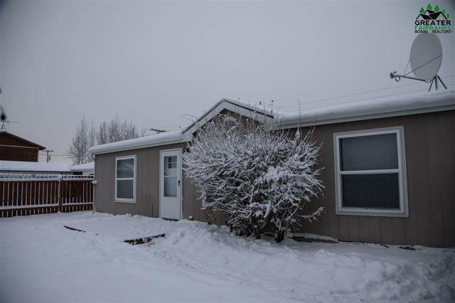 1040 Refinery Loop, North Pole, AK 99705 (MLS #145501) :: Powered By Lymburner Realty