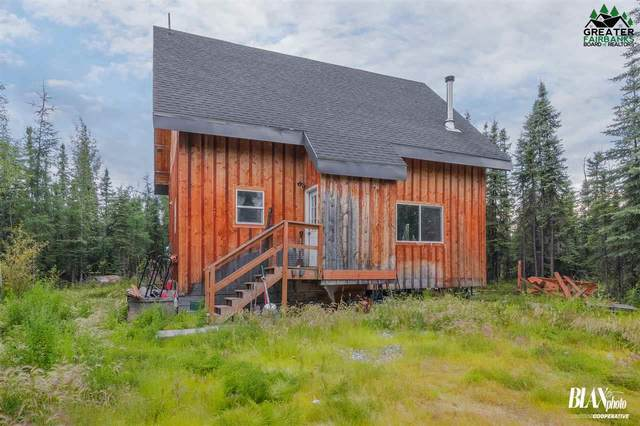 1835 E Waller Road, North Pole, AK 99705 (MLS #146643) :: RE/MAX Associates of Fairbanks