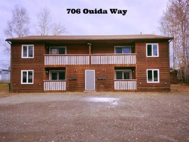 706 Ouida Way Unit 3, North Pole, AK 99705 (MLS #140793) :: RE/MAX Associates of Fairbanks