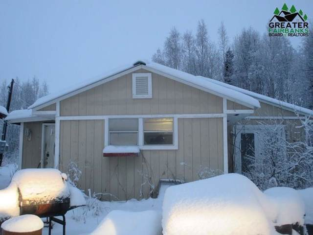 2691 S Goldenrod Circle, North Pole, AK 99705 (MLS #142660) :: Madden Real Estate