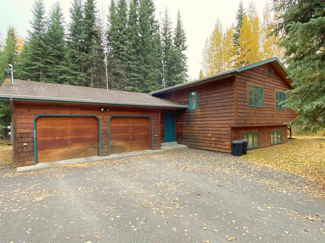 3221 Wyatt Road, North Pole, AK 99705 (MLS #148416) :: RE/MAX Associates of Fairbanks