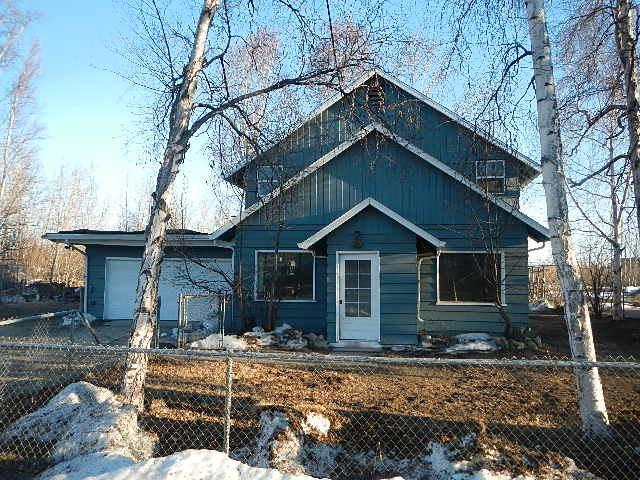 301 18TH AVENUE, Fairbanks, AK 99701 (MLS #134929) :: Madden Real Estate
