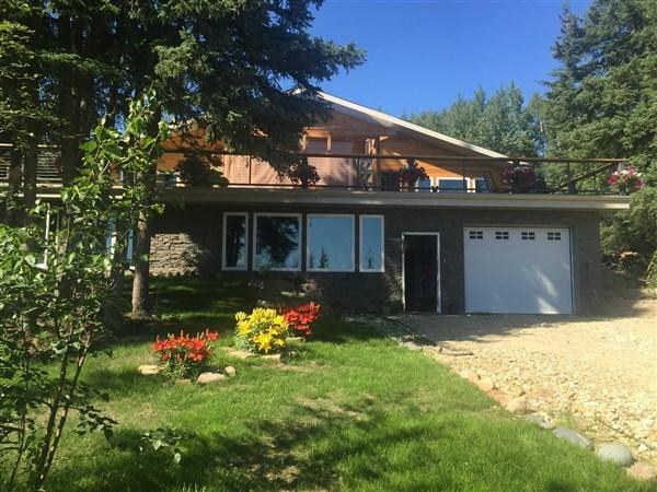 3292 Goldhill Road, Fairbanks, AK 99707 (MLS #135862) :: Madden Real Estate