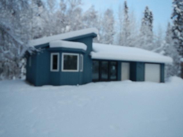 861 Stol Drive, North Pole, AK 99705 (MLS #135946) :: Madden Real Estate