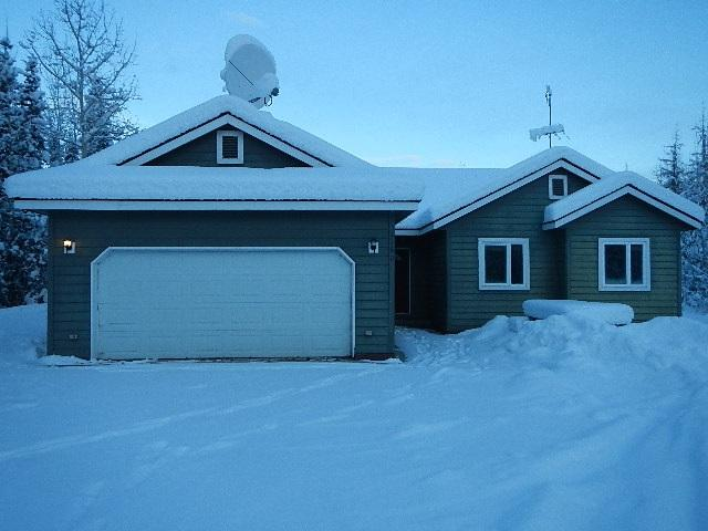 1160 Chiming Bells Court, North Pole, AK 99705 (MLS #135947) :: Madden Real Estate