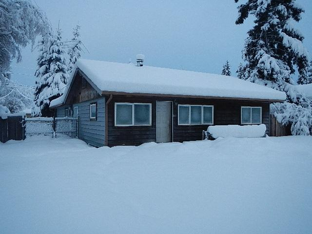 332 Glacier Avenue, Fairbanks, AK 99701 (MLS #136241) :: Madden Real Estate