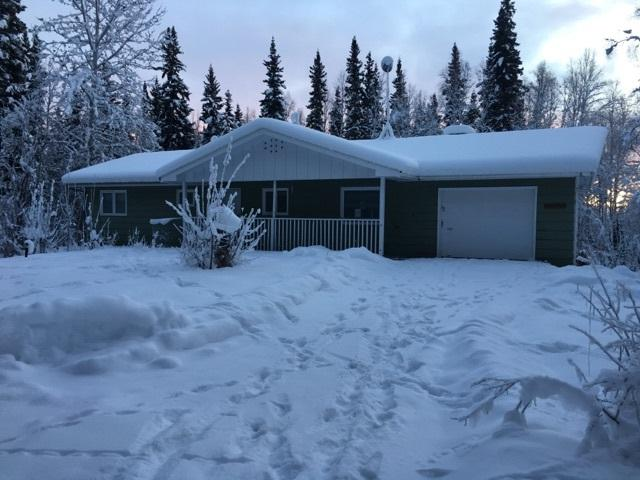 2451 Nugget Loop, Fairbanks, AK 99712 (MLS #136437) :: Madden Real Estate