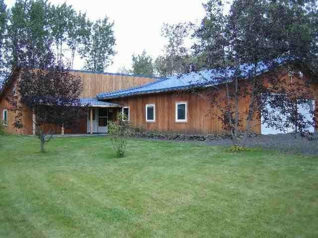 3870 Peter Hawk Lane, North Pole, AK 99705 (MLS #136512) :: Madden Real Estate
