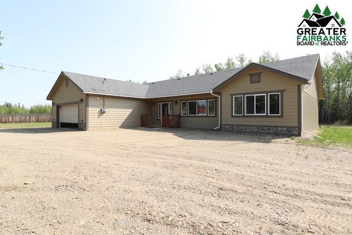 5145 Pugach Drive, Delta Junction, AK 99737 (MLS #136613) :: Madden Real Estate