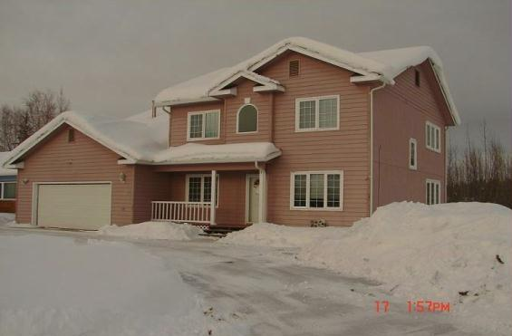 498 Carlton Drive, Fairbanks, AK 99701 (MLS #136641) :: RE/MAX Associates of Fairbanks