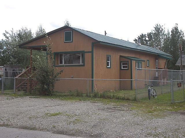 2614 Mercier Street, Fairbanks, AK 99701 (MLS #138029) :: Madden Real Estate