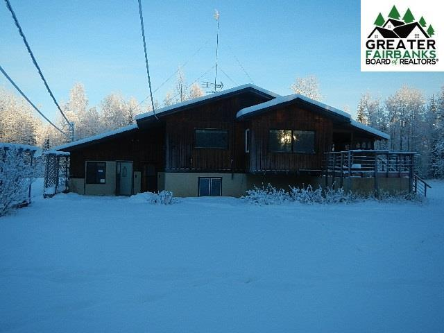 2410 Sleighbell Circle, North Pole, AK 99705 (MLS #139616) :: RE/MAX Associates of Fairbanks