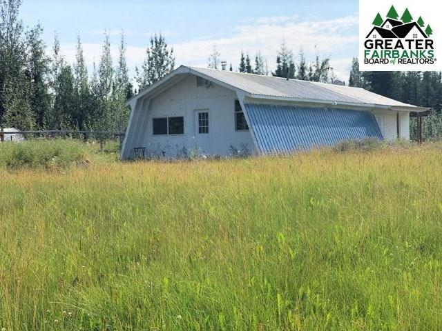 2593 Perimeter Drive, North Pole, AK 99705 (MLS #141523) :: Powered By Lymburner Realty