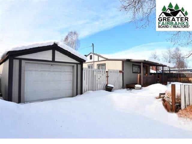 1556 Noble Street, Fairbanks, AK 99701 (MLS #142371) :: Powered By Lymburner Realty