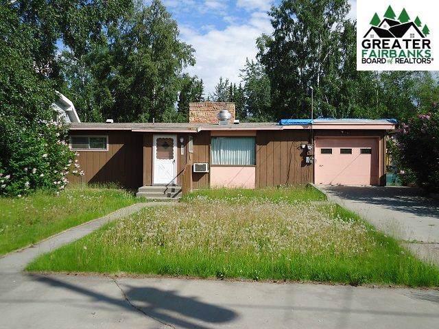 425 Baranof Avenue, Fairbanks, AK 99701 (MLS #142638) :: Madden Real Estate
