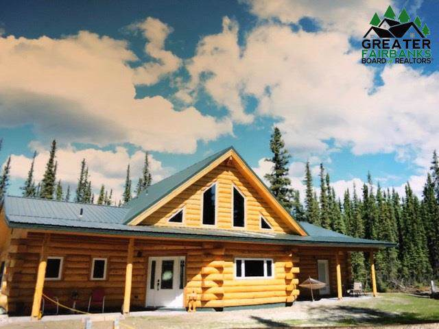 4100 Polar Fox Loop, North Pole, AK 99705 (MLS #142734) :: Powered By Lymburner Realty